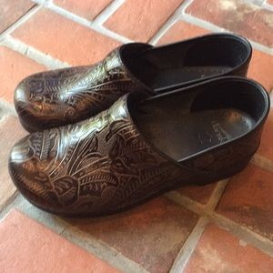 Women's Dansko Professional clogs size 43